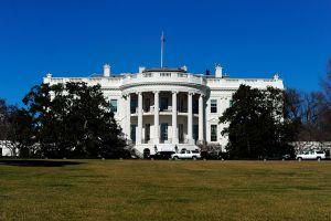 Casa Blanca rompe negociaciones con republicanos por plan de infraestructuras
