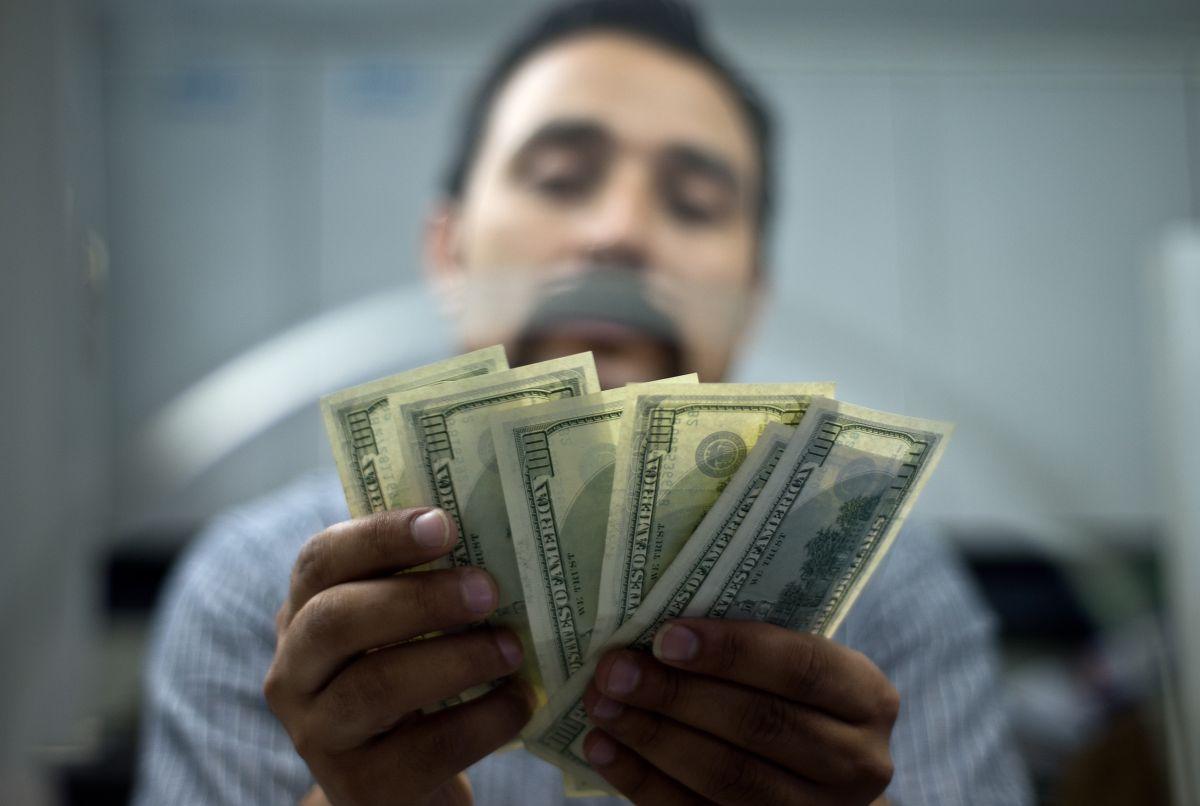 Cómo contactar al IRS si tu reembolso de impuestos aún no te ha llegado