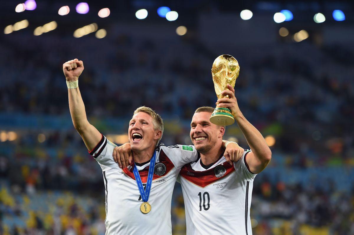 Lukas Podolski en la Liga MX: horas claves para que el futbolista responda la propuesta de Querétaro