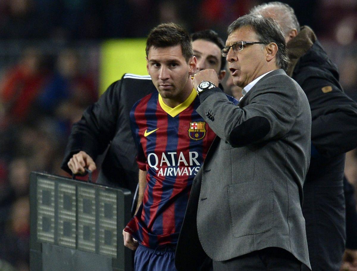 """Lionel Messi y Gerardo Martino en enero de 2014, cuando """"Tata"""" dirigía al FC Barcelona."""