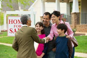 Cómo ser propietario de una vivienda: Orientación de tu asesor local de préstamos para viviendas en Los Ángeles