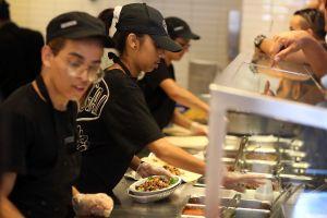 Chipotle aumenta el precio de su menú un 4% para ofrecer un salario más alto a sus empleados