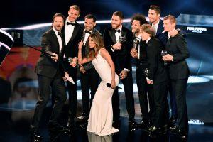 Eva Longoria, Ryan Reynolds y otras estrellas de Hollywood entran al negocio del fútbol