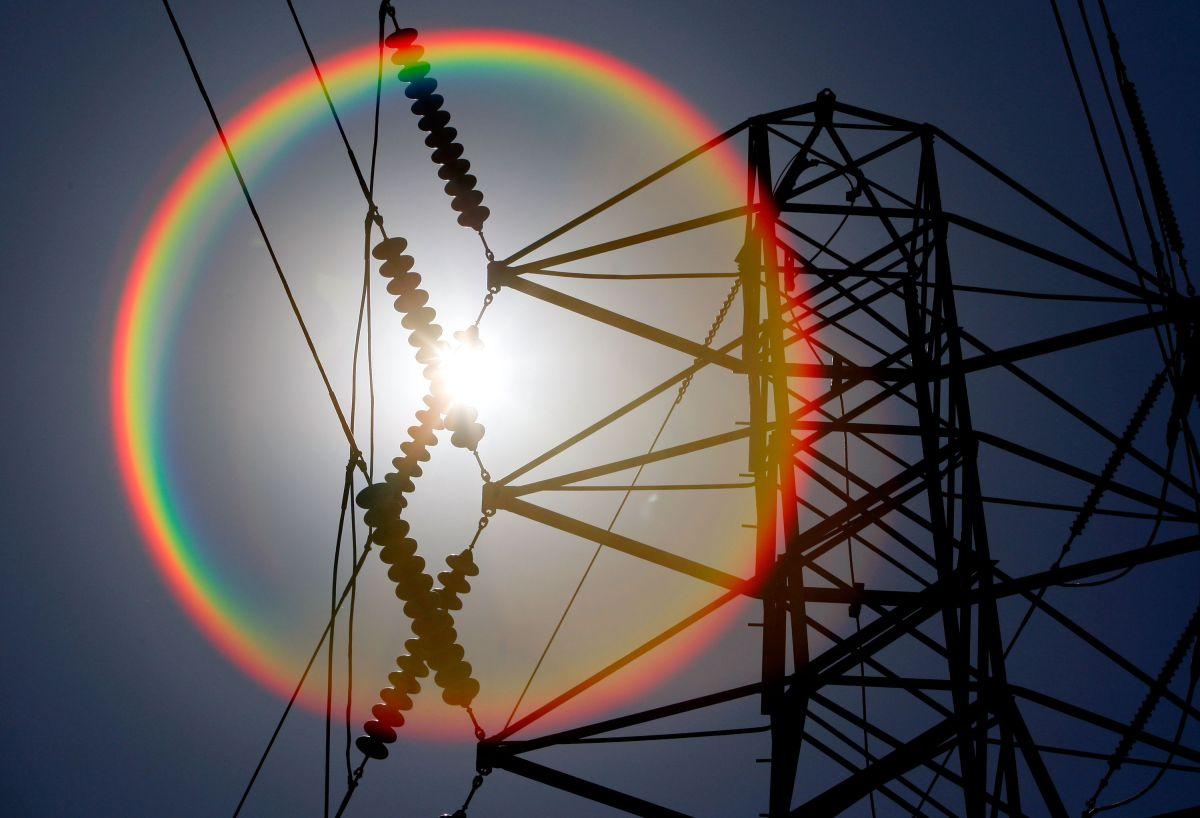 La red eléctrica de California está bajo presión por la ola de calor.