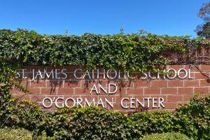 Monja jubilada se declará culpable de robar más $835,000 de una escuela católica en Torrance