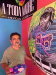 Latino deja su arte en restaurantes de Los Ángeles
