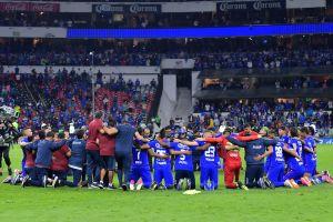 Jugadores de Cruz Azul visitaron Basílica de Guadalupe en agradecimiento por el título del Clausura 2021