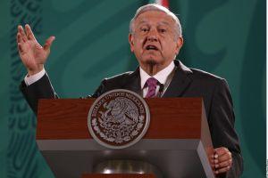 AMLO asegura que la investigación sobre los 43 normalistas de Ayotzinapa no se detendrá y habrá justicia porque es asunto de Estado
