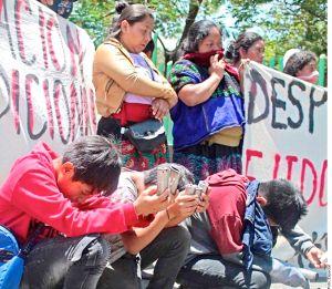 Desplazados mexicanos, ¡van a pedir asilo a las puertas de EE.UU.!