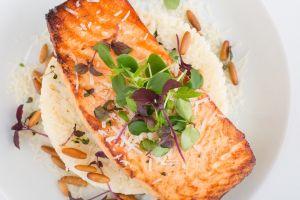 Los alimentos con omega-3 pueden ayudarte a combatir el acné