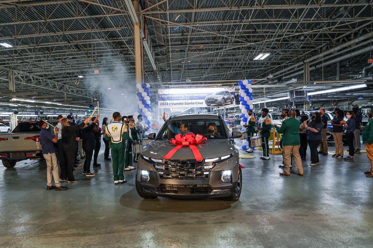 Hyundai celebra el inicio de la producción de la nueva Santa Cruz 2022, su camioneta compacta.