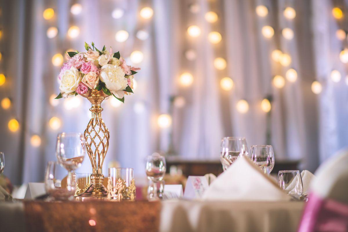5 ideas para decorar las mesas en una fiesta de quinceaños