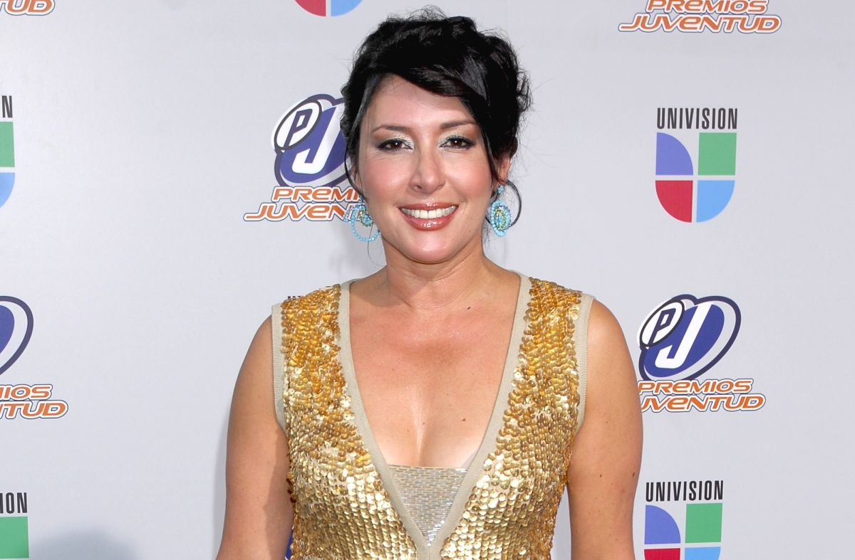 Muere Edna Schmidt, periodista de Univision y Telemundo