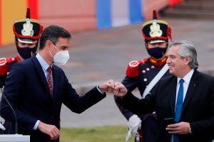 Presidente de Argentina: Los mexicanos salieron de los indios, los brasileños salieron de la selva, pero los argentinos llegamos en barco