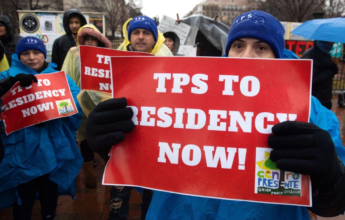 Los portadores de TPS que ingresaron en forma ilegal al país no podrán obtener la residencia.