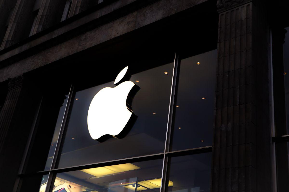 Apple contrata a exvicepresidente de BMW para su proyecto de auto eléctrico
