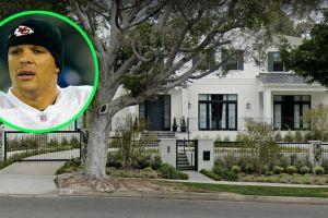 Así es la mansión de Beverly Hills que Tony González malvendió tras varios meses en el mercado