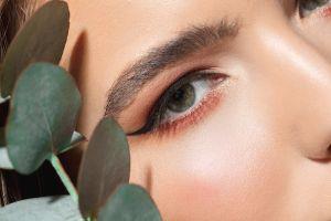 5 productos para delinearte los ojos con estilo cat-eye de forma fácil y rápida
