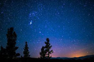 Betelgeuse: resuelven el misterio de la gran pérdida de brillo de la estrella (gracias a un telescopio en Chile)