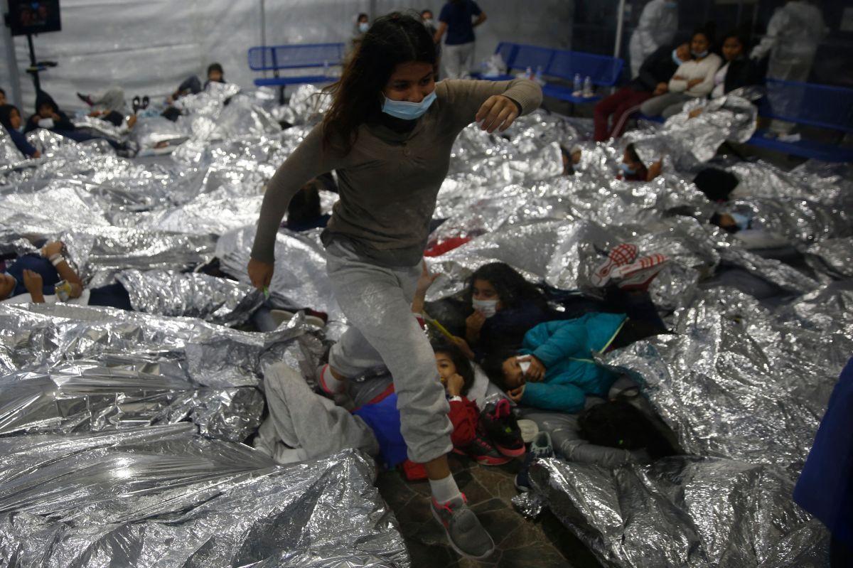Tres familias migrantes de California demandan a Gobierno federal por separaciones de Trump