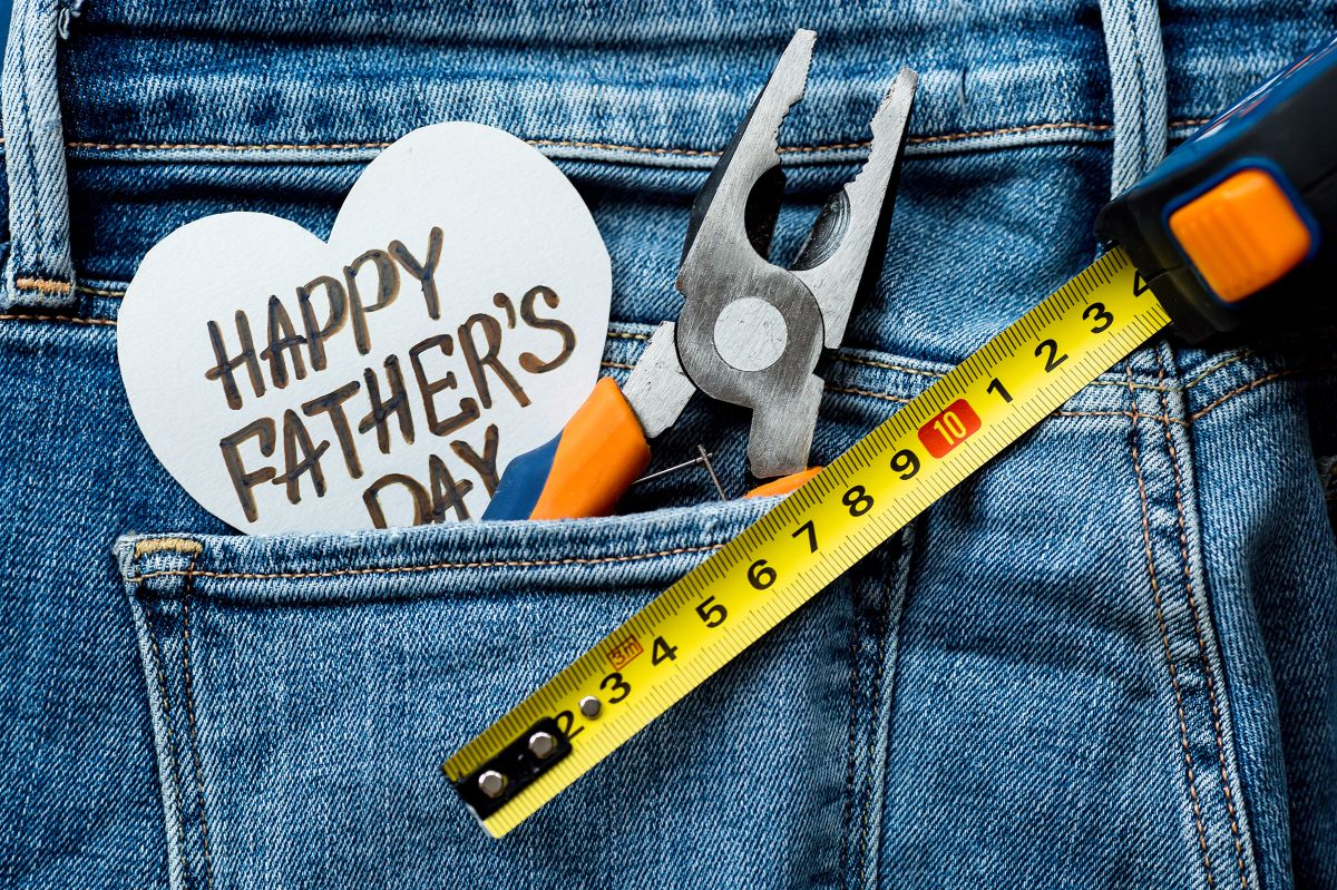 Las herramientas son un regalo que todo papá siempre disfrutará recibir y agradecerá.