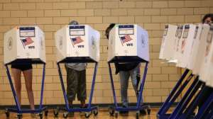 Cómo funciona el novedoso voto preferencial que estrenó Nueva York (y por qué algunos lo ven como un remedio para la polarización)