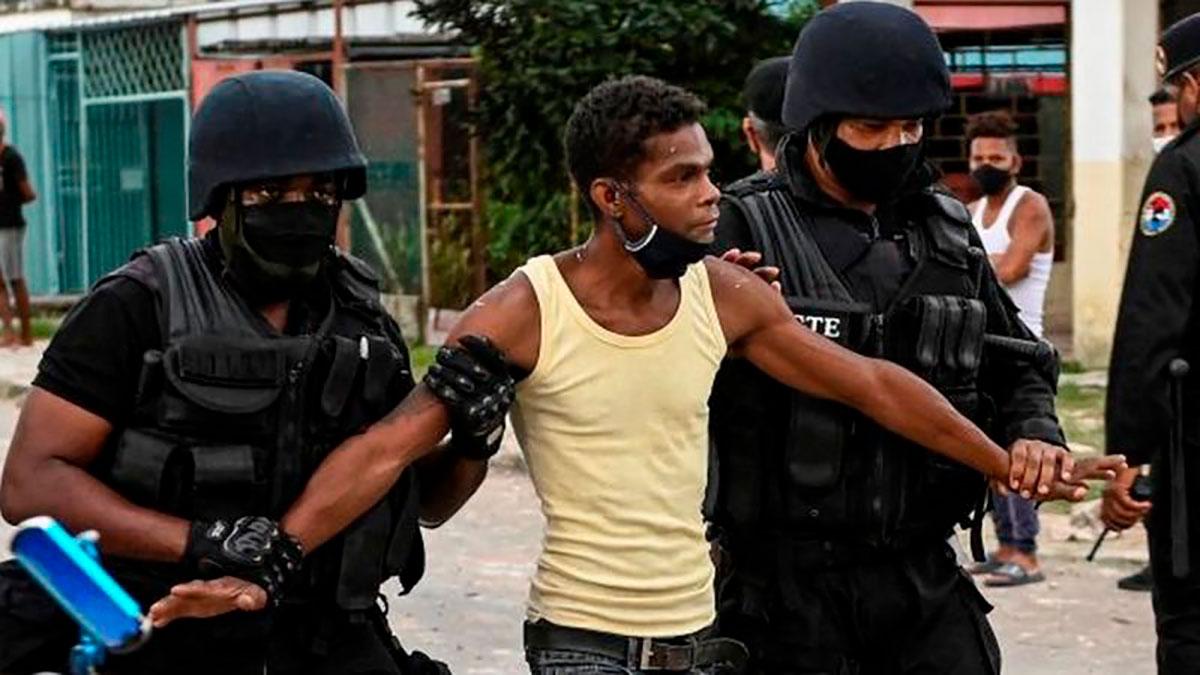 Amnistía Internacional sostiene que al menos 247 personas han sido detenidas o que están desaparecidas en el marco de las protestas en Cuba.