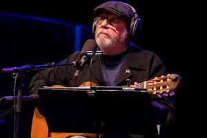 """El cantautor cubano Silvio Rodríguez pide amnistía para los presos """"que no fueron violentos"""" en las protestas en Cuba"""