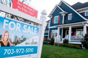 """""""La gente se volvió loca comprando"""": por qué se dispararon los precios de la vivienda en el mundo"""