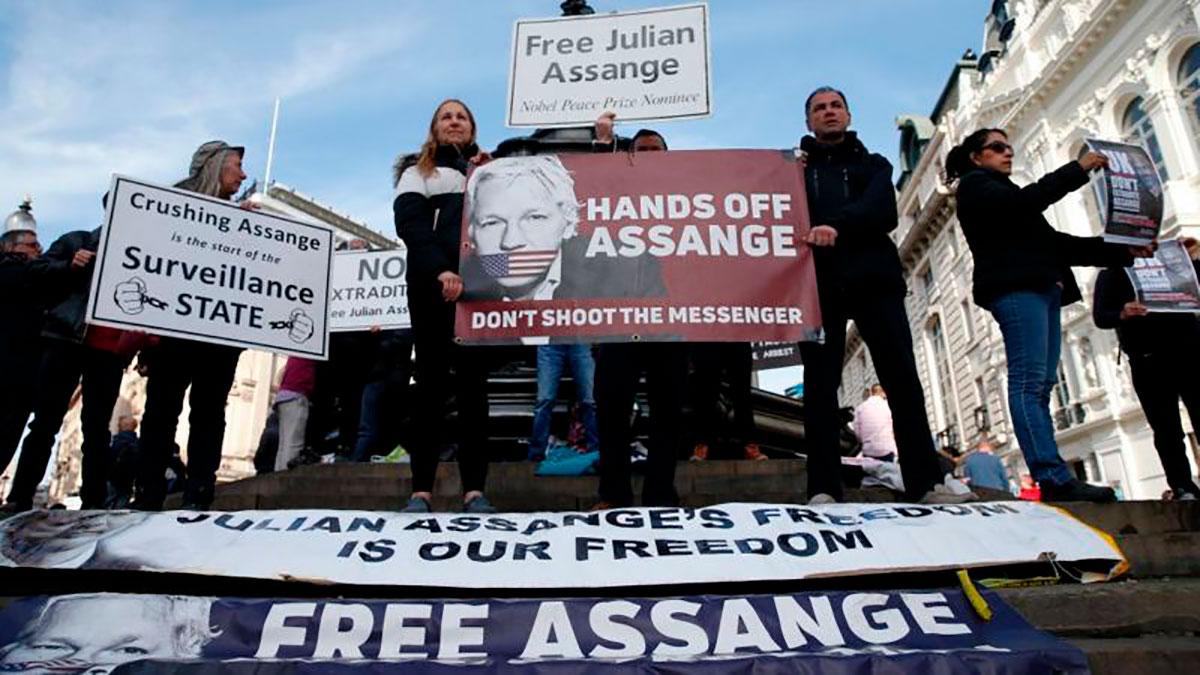 Assange continúa en el Reino Unido peleando para no ser extraditado a Estados Unidos.