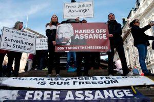 Por qué Ecuador le quitó la ciudadanía a Julian Assange