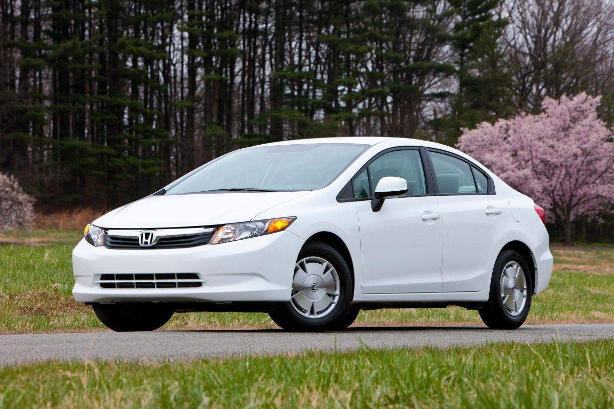 Foto de un Honda Civic 2011 en color blanco