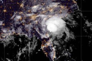 La tormenta tropical Elsa causa fuertes lluvias y un posible tornado a su paso por Georgia