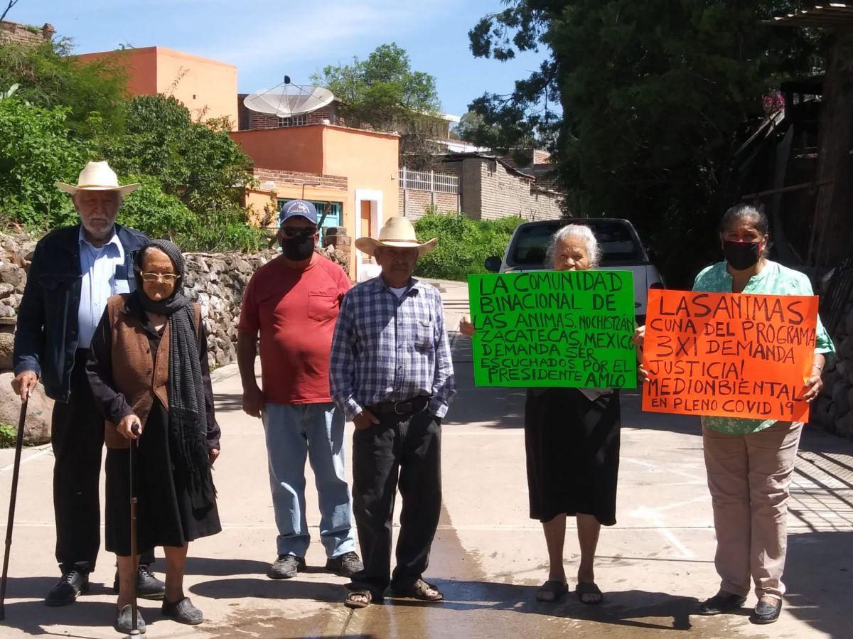 Residentes de Las Animas peticionan solucion mediambiental al gobierno de Mexico.