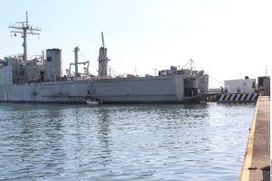 """México envía a Cuba el barco """"Libertador"""" cargado con ayuda humanitaria"""