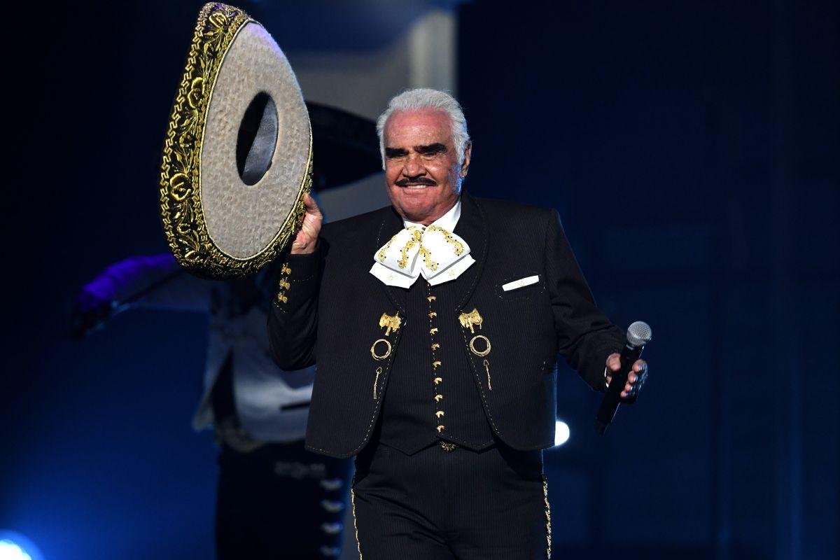 ¿Eres fan de Vicente Fernández? Halloween es una oportunidad de honrar a tus artistas favoritos vistiendo como ellos.