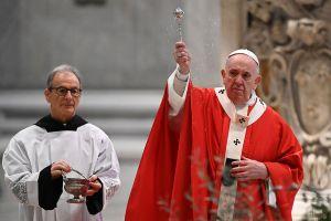"""Papa Francisco llama al """"diálogo y la solidaridad"""" en Cuba"""
