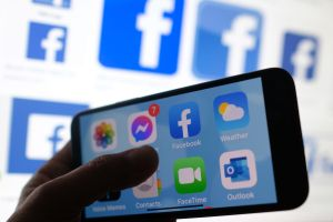Facebook pagará $1,000 millones de dólares a los usuarios por crear contenidos para sus redes sociales