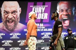 Pelea entre Tyson Fury y Deontay Wilder en riesgo de posponerse por brote de COVID-19