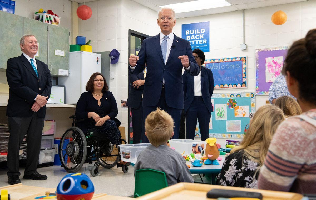 El presidente Biden visitó el McHenry County College en Illinois.