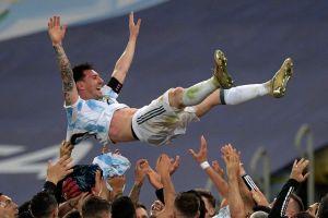 """Otro récord para Messi: El argentino tiene la foto deportiva con más """"likes"""" de la historia"""