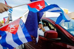 A partir de este lunes Cuba elimina sus restricciones de Aduanas en alimentos y medicinas, qué significa