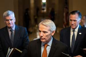 El Senado vota a favor de avanzar el proyecto bipartidista de ley de infraestructura de Biden