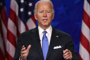 """Biden señala que """"está por verse"""" si la ciudadanía para indocumentados se integra a paquete económico"""