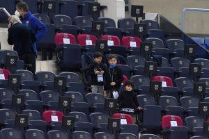 Video: Así juega Lionel Messi al fútbol con sus hijos
