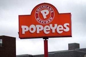 Popeyes lanza sus nuevos nuggets en medio de la escasez de pollo