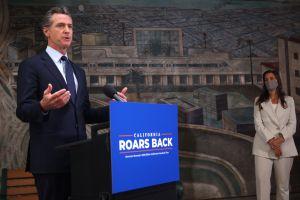 Californianos que declaran impuestos recibirán nuevo cheque bajo el paquete de ayuda económica de Gavin Newsom