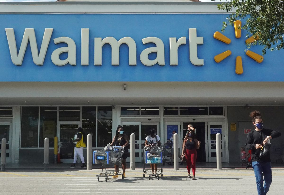 Contra Walmart: una mujer gana un pleito por $125 millones de dólares ante una demanda por discriminación