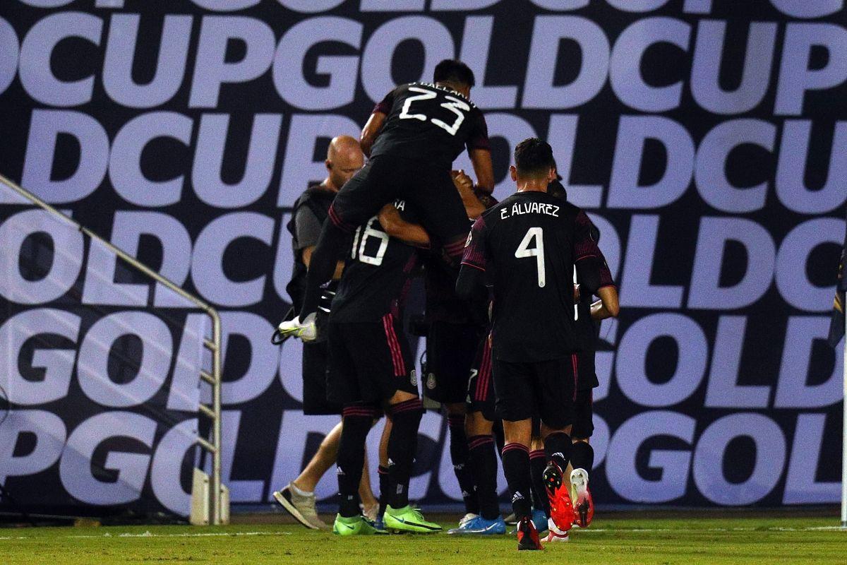 México buscará el liderato del grupo cuando juegue frente a El Salvador.