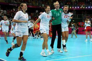 Multan a jugadoras de Handball por no querer usar bikini